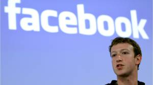 Private messages from Zuckerberg mysteriously disappear