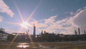 Alberta wants to refine more oil in province