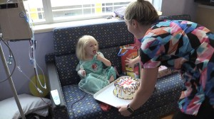 Florida nurses throw birthday party for 3-year-old during Irma