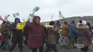Hundreds rally for better health care in Cape Breton
