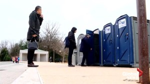 Effects of government shutdown being felt – or rather, smelt – in Washington's National Mall