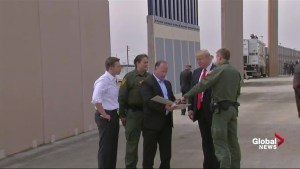Trump tours U.S.-Mexico border, looks a wall prototypes