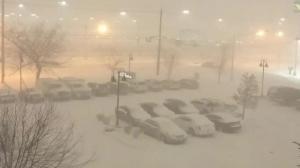 Raw video: Heavy snowfall blankets Buffalo