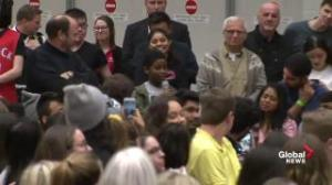 Kid gets loud applause after asking Trudeau question about Alberta oilsands pollution