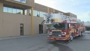 Fire at Omega Communications building in Kelowna (00:53)
