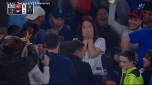 Fan nearly botches proposal at Yankee Stadium after losing ring in the stands