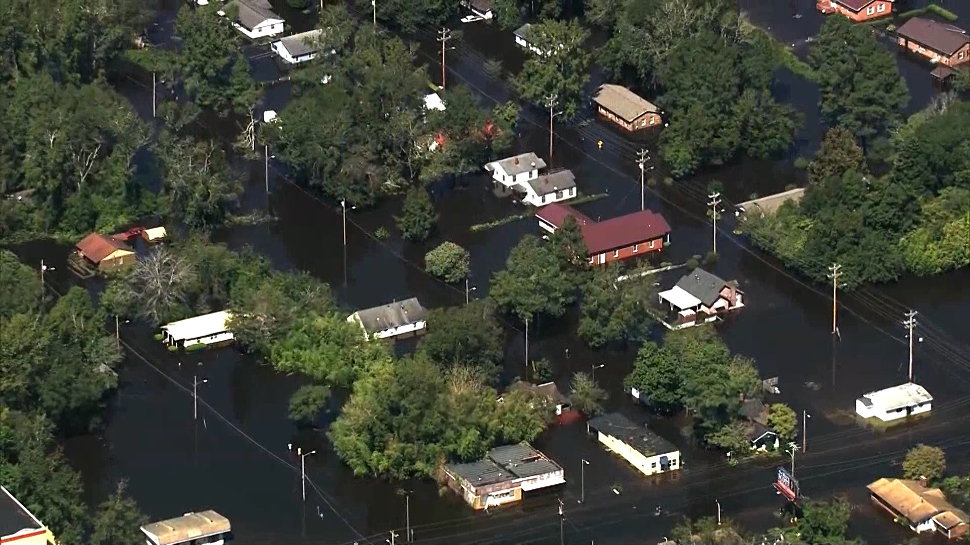 100 evacuated from flooded N. Carolina town