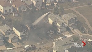 Fire destroys homes in Calgary's Monterey Park