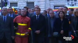 France's Macron speaks with firefighters at scene of Notre Dame Cathedral blaze (00:37)