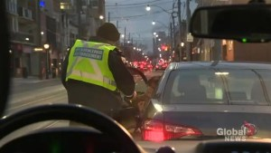 Toronto police begin distracted driving, rush hour route enforcement blitz