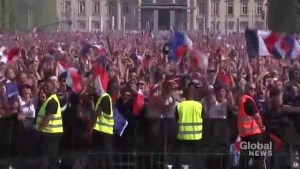 France, Croatia fans celebrate first goals in World Cup final