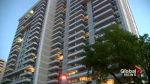 Child in life-threatening condition after falling from balcony: Toronto police