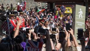 Royal Wedding: Royal fans cheer on a modern day love story