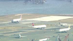 U.S. government shutdown causes flight delays