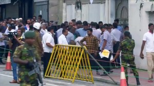 Sri Lanka attacks: Police searching for 140 Islamic State-linked suspects