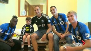 Montreal Impact visits sick children