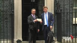 Nigel Farage delivers letter to 10 Downing Street detailing his Brexit vision