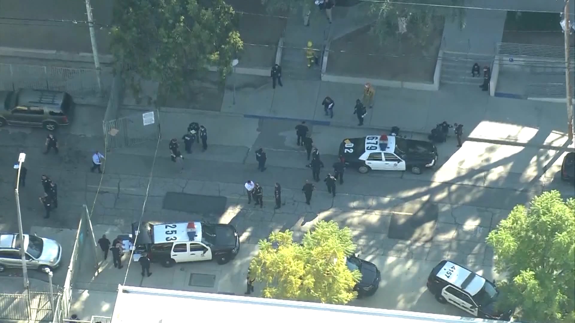 4 injured, one in custody after gunfire in Los Angeles school