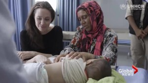 Angelina Jolie meets Syrian refugees in Jordan, blasts world leaders for lack of aid funding