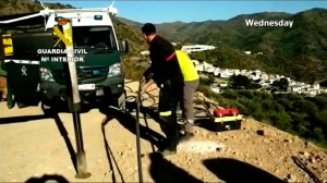 Rescue efforts continue to rescue toddler trapped in well in Spain