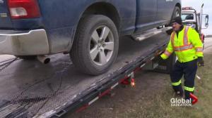 Saskatchewan rallies to put spotlight on dangers tow truck drivers face