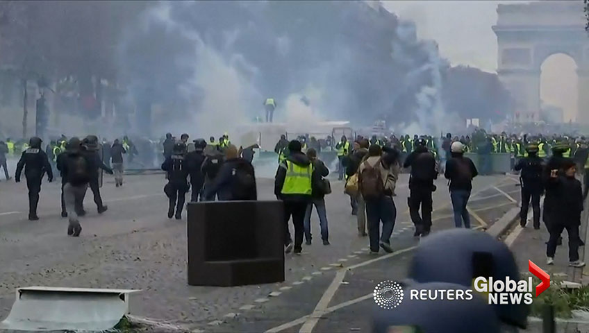 At Least 65 People Injured in Paris Protest, Including 11 Officers