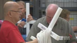 Calgary volunteers prepare for Field of Crosses: 'Absolutely amazing'