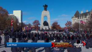 Moment of silence held at National Remembrance Day ceremony in Ottawa