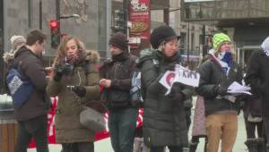 Montrealers call for open borders at anti-Trump protest