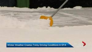 Snow in the GTA makes for a messy holiday commute