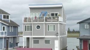 Open House: Special considerations when living in a floating home