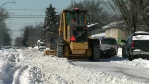 Regina begins residential plowing