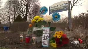 Mourners share condolences for Rob Ford in heart of Ford Nation