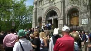 Irish Montrealers make annual pilgrimage to the Black Stone