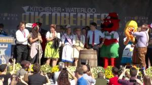Justin Trudeau, Kathleen Wynne help tap the keg at Kitchener-Waterloo Oktoberfest