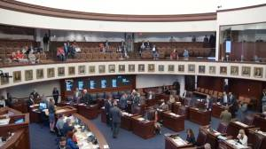 Florida Senate rejects ban on assault weapons weeks after school shooting