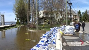 Flood watch continues in Sainte-Anne-de-Bellevue