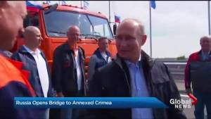 Controversial bridge links Russia to annexed Crimea (02:19)