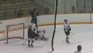 University hockey highlights: Huskies vs Bisons – Nov. 25
