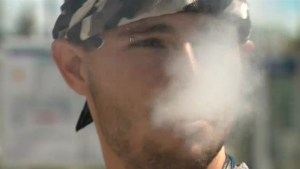 Hawaii proposes flavoured e-cigarette ban, and study finds kindness boosts mood