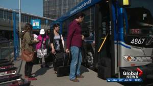 Edmonton's 747 bus to the airport hits passenger milestone
