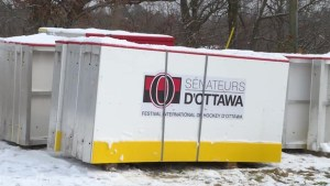 Canada 150 rinks arrives in Gananoque