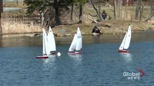 Model boat racers take to Dartmouth's Sullivan Pond