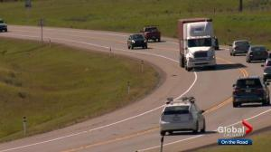 Alberta transportation minister proposes new regulations for trucking industry