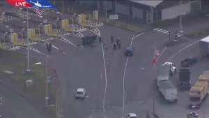 Police incident at Pacific Highway border crossing