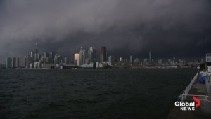 Timelapse of severe storm hitting Toronto