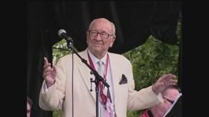 Band leader Dal Richards dies at age 97