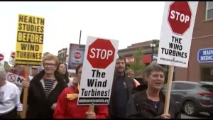 Hundreds fight to cancel PEC wind turbine project
