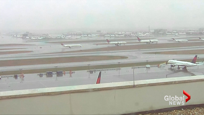 Power outage grounds flights at Atlanta's Hartsfield-Jackson Airport