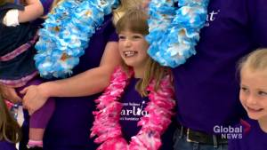 Calgary girl with heart defect dashes through Toys 'R' Us on shopping spree